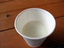牛乳1cup